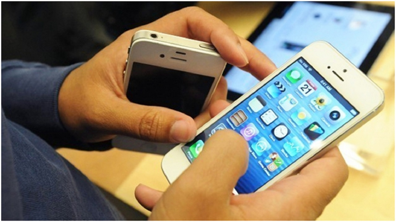 Photo of Akıllı Telefonlar Bizleri Aptallaştırıyor Mu?