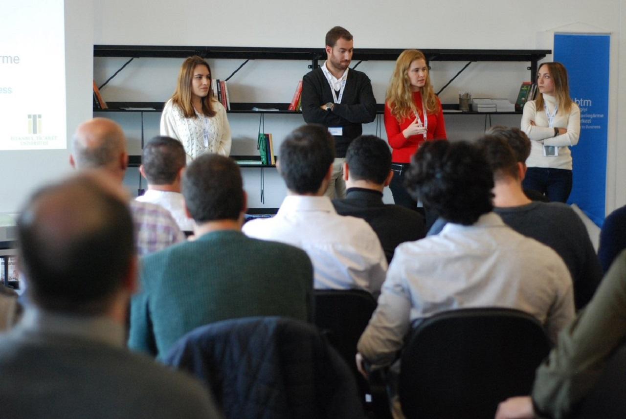 Photo of BTM III. Hızlandırma Kampı Hoşgeldin Etkinliği Düzenlendi: Bilgiyi Ticarileştirme Merkezi'nde Haftanın Haberleri'nde!