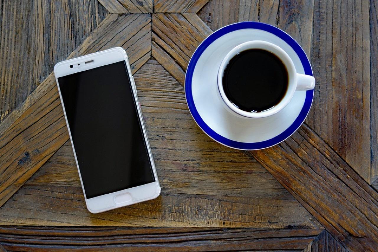 Photo of iPhone 'u Geriye Düşüren Akıllı Telefon Üreticisi Kim?