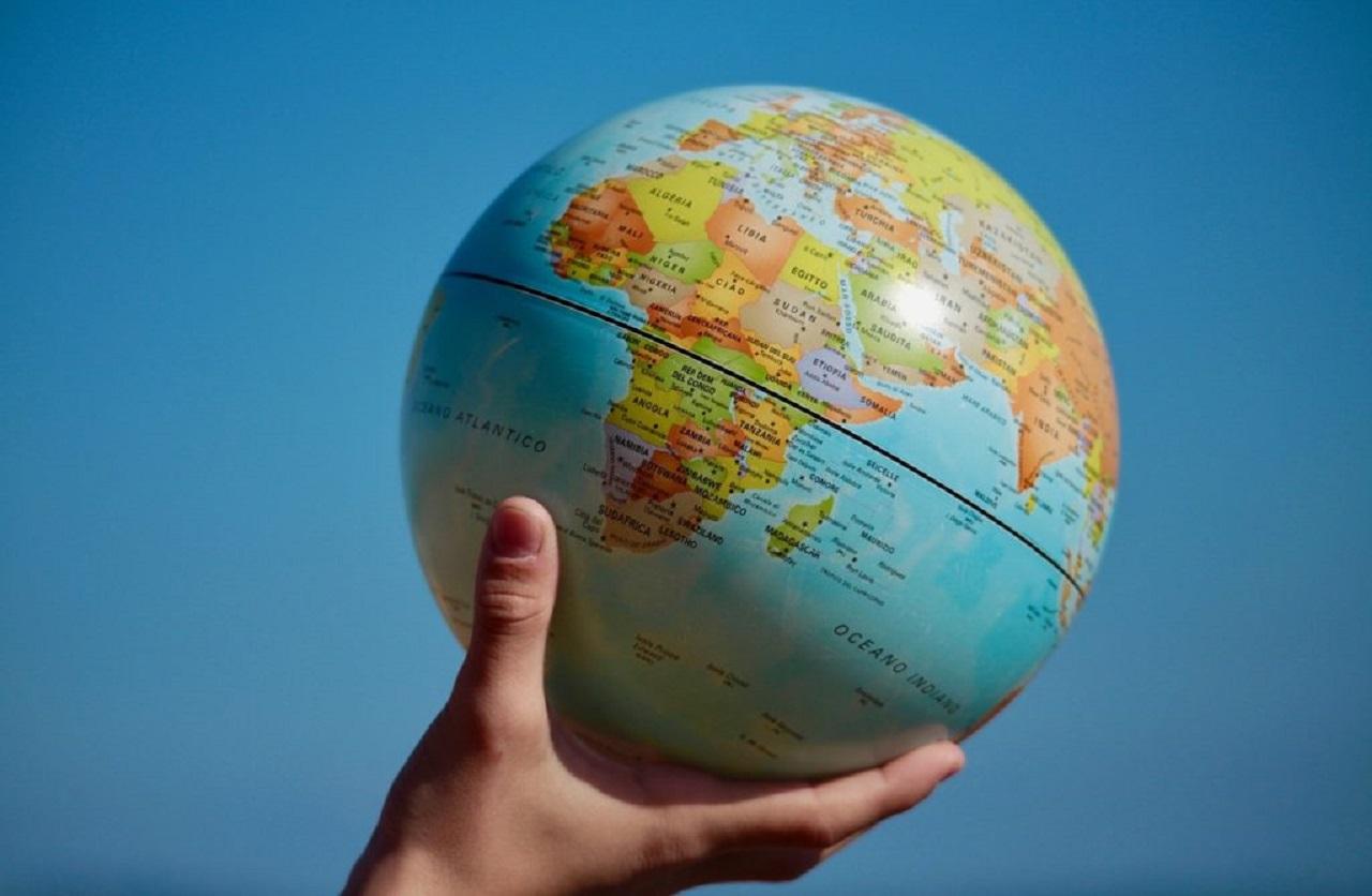 Nakdi veya Vakti Olmayanlar: Sanal Dünya Turuna! - Moblobi.com