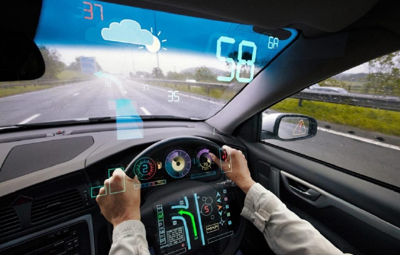 Photo of Araba Camlarına Arttırılmış Gerçeklik Geliyor!
