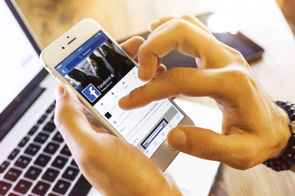 Facebook Sivil Toplum Programi Ni Baslatiyor Moblobi Com