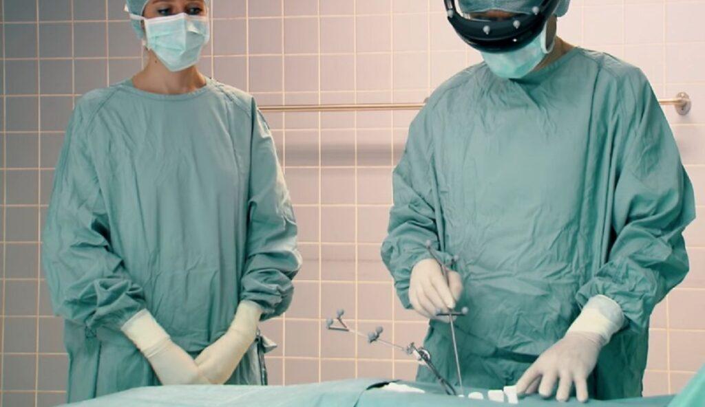 sanal gerceklik ameliyat moblobi