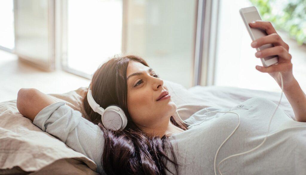 google play muzik podcast moblobi